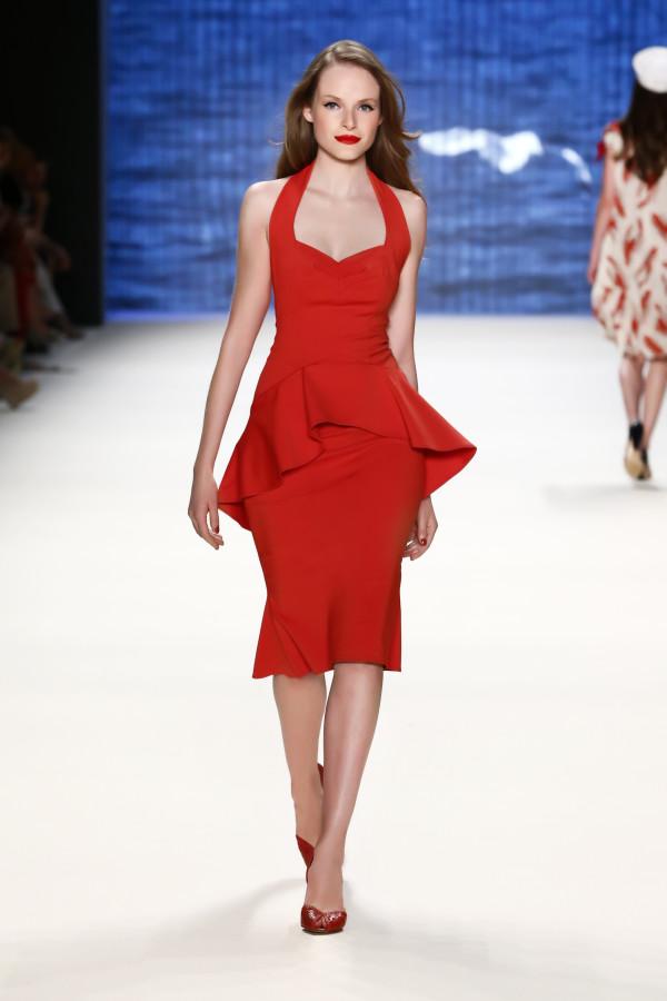 ONASSIS DRESS  red alert